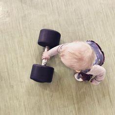 Heute ist wieder #Training angesagt hoffe ihr habt einen schönen Tag  Todays #workout  have a great day   #toddler #toddlerlife #toddlersofinstagram #momlife #sunday #sonntag #lebenmitkindern #momblogger #mamablogger #mommyblogger #igersvienna #igersaustria