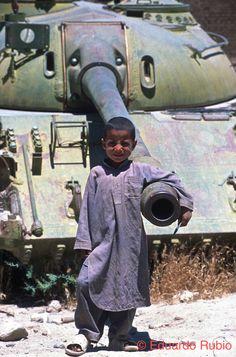 AFGANISTAN Bahram niño tanque -imp (1)