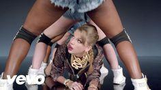 Taylor Swift - Shake It Off - YouTube Banda Mix, Bad Dancing, Shawn Mendes, Top Musique, Pop Rock, Taylor Swift Music Videos, Taylor Swift Dancing, Taylor Swift New, Swift 3