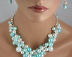 chunky pearl necklace in tiffany blue/turquoise and white.- bridesmaids necklace, bridal jewelry