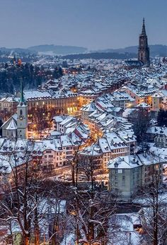 The Christmas city - Beautiful Snow-Covered Bern, Switzerland // Jan Geerk - Switzerland Cities, Visit Switzerland, Switzerland Christmas, Have A Great Vacation, Great Vacations, La Provence France, Places To Travel, Places To See, Voyage Europe