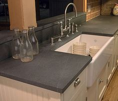 Honed Countertop Materials : Usually a matte finish would clue the eye to believe that the material ...
