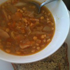 Chicken & corn soup Chicken Corn Soup, Chana Masala, Chili, Ethnic Recipes, Food, Chile, Chicken Corn Chowder, Essen, Meals