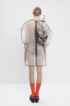 the real and the virtual blend into one another in a digitally-aware collection from Israeli fashion designer Noa Raviv. 3d Fashion, Fashion Details, Womens Fashion, Fashion Trends, Fashion Silhouette, Silhouette Art, Conceptual Fashion, Iris Van Herpen, Textiles