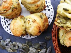 szeretetrehangoltan: Tökmagos réteges pogácsa Baked Potato, Muffin, Potatoes, Baking, Breakfast, Ethnic Recipes, Food, Morning Coffee, Potato