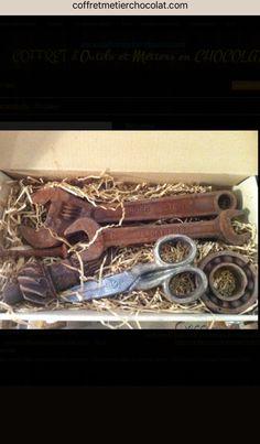 Coffret bricolage en chocolat Outils en chocolat  Www.Coffretmetierchocolat.Com Art, Bricolage, Casket, Tools, Chocolates, Art Background, Kunst, Gcse Art