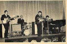 Gerry & the Pacemakers on stage in 1964.