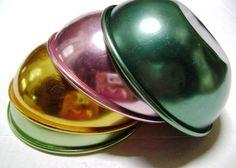 Vintage Aluminum Bowls 4 MultiColor Set Bascal  (I just found a faded dented pink one at a vintage shop :D )