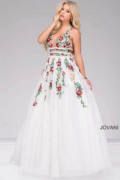 Garnett Prom Dresses