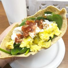 Low carb breakfast pita featuring Joseph's low carb pita bread! From Keto With Crystal on Instagram! #ketorecipes #keto #ketodiet #ketogenic #lowcarb #lchf #ketogenicdiet