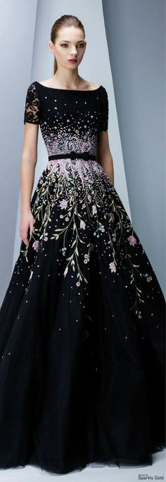 New embroidery dress haute couture georges hobeika 56 ideas Beautiful Gowns, Beautiful Outfits, Gorgeous Dress, Pretty Outfits, Pretty Dresses, Couture Fashion, Runway Fashion, Lolita Fashion, Couture Dresses