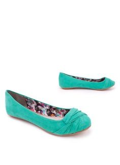pintuck suede flat 8 SEAGREEN Qupid, http://www.amazon.com/dp/B0087G41NG/ref=cm_sw_r_pi_dp_-.Zfqb0KMF4PY