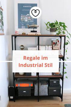 Regale im Industrial Stil sind nicht nur optisch ein Highlight, sondern bieten außerdem besonders viel Stauraum und sind vom Nützlichkeitsfaktor ungeschlagen. Magazine Rack, Industrial, Cabinet, Storage, Blog, Handmade, Furniture, Home Decor, Rustic Shelves
