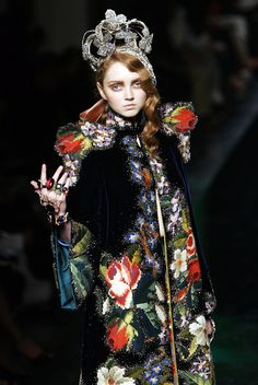 Lily Cole at Jean Paul Gaultier Fall Winter 2007 Haute Couture.