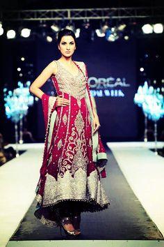 Gorgeous Pakistani outfit