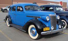 1938 Nash Ambassador Six