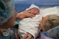 #birthphotography #baby #babyphotography #newbornphotography #photography #birth #dallasphotographer     Image by [view] la la photography