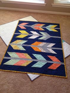 Arrows baby quilt