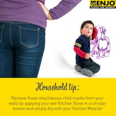 Household tip: How to remove child marks from walls by applying the ENJO Kitchen Glove & Miracle.