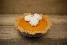Felt Food Pumpkin Pie - READY TO SHIP. $20.00, via Etsy.