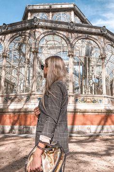 Madrid Girl, Foto Madrid, Madrid Barcelona, New Travel, Spain Travel, Summer Travel, Paris Outfits, European Summer, European Travel