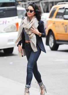 inaselfakir:  daily–celebs:    5/9/15 - Vanessa Hudgens out in NYC.