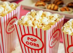 Eat Popcorn and Lose Weight. Does popcorn have carbohydrates? Is popcorn low in carbohydrates? Is popcorn vegan? 10 Film, Family Movie Night, Family Movies, Teen Movies, Disney Movies, Tous Les Harry Potter, Movies To Watch, Good Movies, Amazing Movies