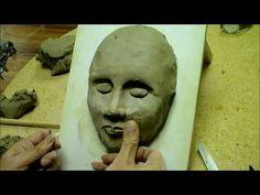 ▶ La confiance en deux mains n°1 : Réalisation d'un masque en argile par Pédro DIAZ - YouTube