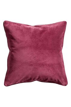 Cushion cover in cotton velvet with a piped trim and concealed zip.