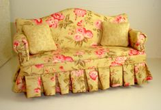 Cottage Floral Sofa   country cottage gold and pink floral sofa with coordinating pillows ...