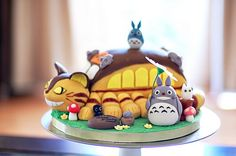 Totoro & Cat bus cake. 猫バスケーキ
