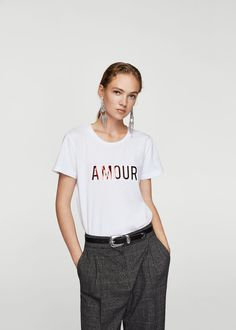 Discover the latest trends in Mango fashion, footwear and accessories. Shop the best outfits for this season at our online store. Chemise Fashion, Beau T-shirt, Mango Fashion, T Shirt Diy, Short Tops, T Shirts For Women, Clothes For Women, T Shirts With Sayings, Cool T Shirts