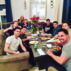 How lucky am I to be surrounded by all of my beautiful men @dondiamont @foreign__lauren__ @sashabraundiamont @zanderdiamont @lucadiamont @anton_ambuehl @indianadavis12  #familydinner #proudmama