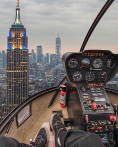 What's your favorite thing about New York? Helicopter Private, Helicopter Cockpit, Luxury Helicopter, Airplane Photography, Aerial Photography, Travel Photography, Nyc Pics, Plane Photos, Beautiful Photos Of Nature