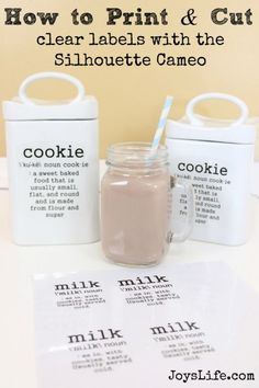 How to Personalize a Cookie Jar with the Silhouette Cameo {and a TruMoo Chocolate Oatmeal Cookies Recipe} Source by superjoy Silhouette Cutter, Silhouette School, Silhouette Curio, Silhouette Vinyl, Silhouette Portrait, Silhouette Machine, Silhouette Projects, Silhouette Design, Vinyl Projects