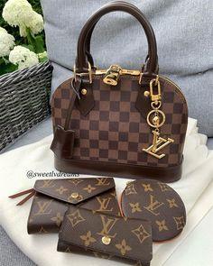 Women Fashion Style New Collection For Louis Vuitton Handbags, LV Bags to Have Vuitton Bag, Louis Vuitton Handbags, Louis Vuitton Speedy Bag, Purses And Handbags, Luxury Bags, Luxury Handbags, Designer Handbags, Alma Bb, Sacs Louis Vuiton
