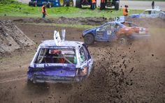Gister gekeken bij de autocross in Rutten, in de Polder.   #autocross #rutten #polder #nederland #cross #racen #modder #travel #travelblogger #trybeforeyoudie #adventure #fun #speed
