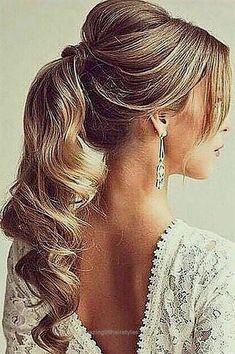 Insane 18 Chic Wedding Hairstyles With Bangs ❤ Wedding hairstyles with bangs are something that we don't see very often. Fringe is something that make your face look a bit sweeter and younger.  ..