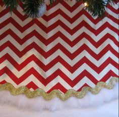 Custom designs for the holidays from Michelle Parker.  http://www.michelleparkerdesigns.com/
