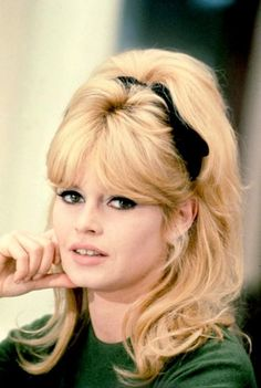 大人おフェロヘアが熱い♥60年代ファッションアイコン♡ブリジット・バルドーから盗め♥の9枚目の写真