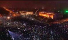 Mais de 15 mil pessoas foram às ruas de Bucareste e outras cidades da Romênia no domingo (12) para manifestar contra a corrupção da classe política pelo 13º dia consecutivo, apesar de o gove…