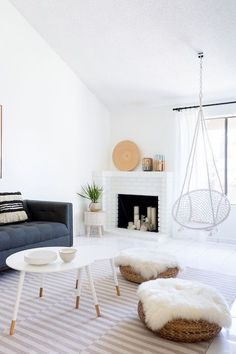 Mixing Trends - Easy Ways To Achieve A Laid-Back Luxe Style - Photos