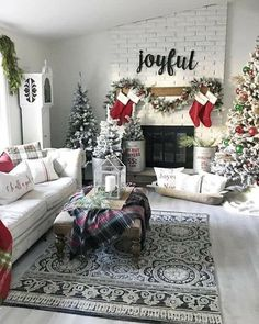 christmas fireplace decorations ideas 9 ~ my.me christmas fireplace decorations i. Coastal Christmas Decor, Christmas Living Rooms, Winter Home Decor, Christmas Room, Farmhouse Christmas Decor, Christmas Mantels, Cozy Christmas, Rustic Christmas, Christmas Decorations