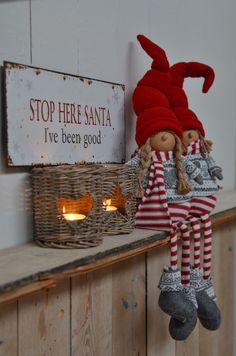 These elves are a super cute Christmas decoration #elf #christmas #christmaself