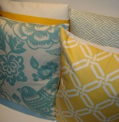 Yellow and teal: I think this will be my living room and dining room colors! Plus gray and brown Teal Yellow, Yellow Accents, Aqua, Coral, Turquoise, Living Room And Dining Room Colours, Yellow Pillows, Teal Cushions, Colorful Pillows