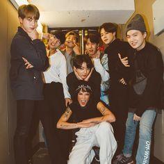 Bts and halsey: how the us popstar and south korean boyband struck up a friendship Bts Jungkook, Namjoon, Taehyung, Seokjin, Foto Bts, Bts Photo, Jung Hoseok, Halsey, K Pop