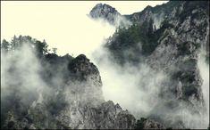 Gigászi karsztalakzat – Centauri: Hórvölgyi köd (regényrészlet)