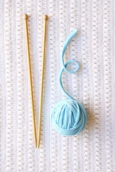 How to make tshirt yarn. Transform a tee into chunky crochet yarn (good for knits too) with this super-quick tutorial