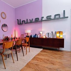 @kidimooooo desde Instagram - Universal... Dispo chez Kidimo ! Photo : merci @comsicomsa #kidimo #paris #universal #universalmusic #music #enseignes #love #lettresvintage #lettreenseignes #letters #oldsignshop #signs #decoloft #decovintage