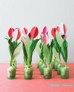 Цветущие тюльпаны - поделка из картона. Украшаем интерьер